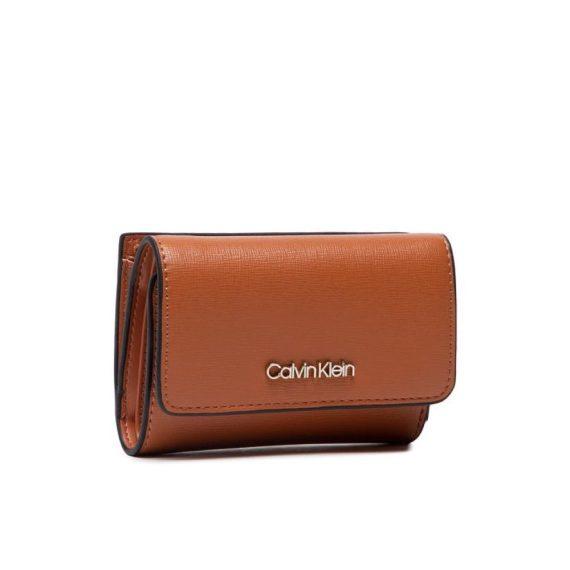 calvin-klein-portafoglio-piccolo-da-donna-trifold-sm-saffiano-k60k608338-marrone_risultato